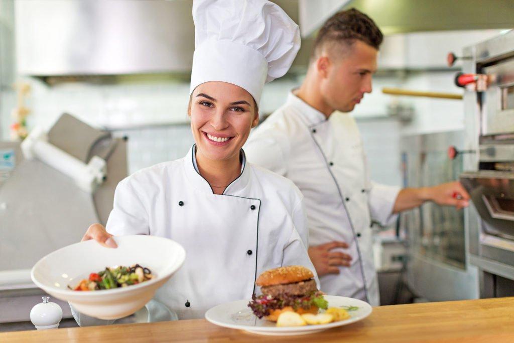 Praca kucharz - 1920 px - zdjęcie w tle oferta pracy kucharz